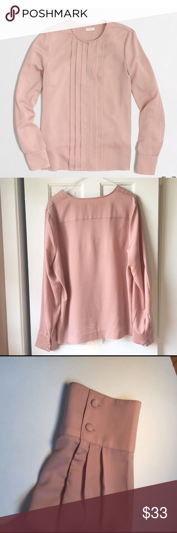 J.crew pleated blouse This great neutral blouse is made with the best quality and care. Perfect blouse for a pair of jeans on the weekend or business casual for work on Monday 😀 bust 22 inches length 25.5 inches J. Crew Tops Blouses