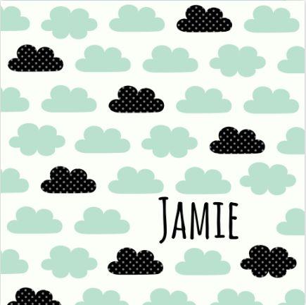 Super hip geboortekaartjes met lieve wolkjes als patroontje. #geboortekaartje #jongen #wolkjes #groen #patroon #zwanger #geboorte #birthannouncement