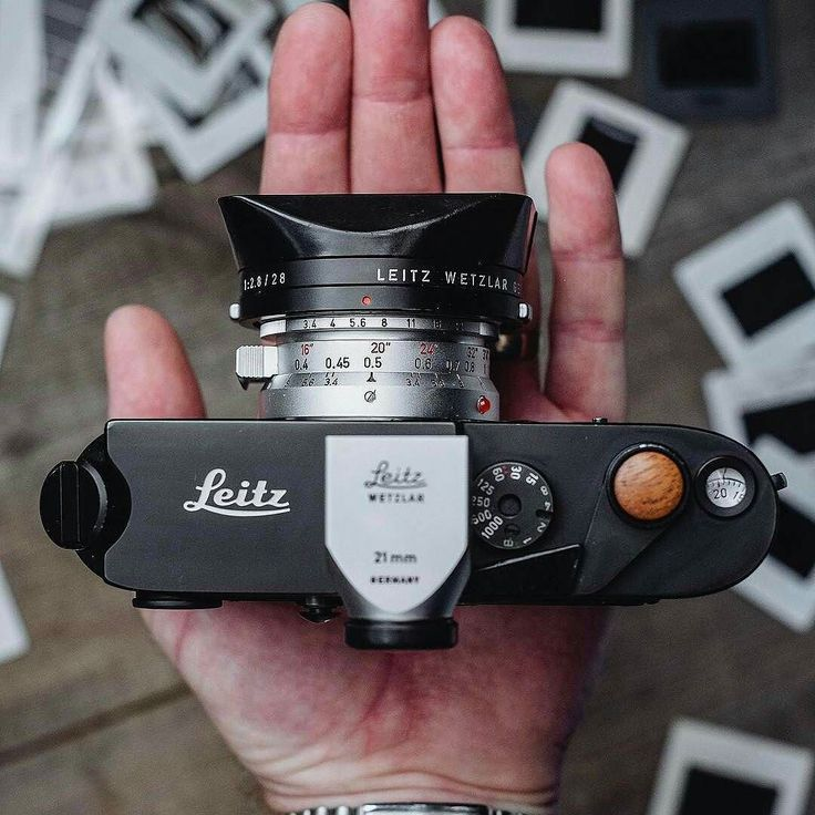 Leica M4-2 with the Super Angulon 21mm from @martinellardphoto -  #passionleica #leicam42 #leica