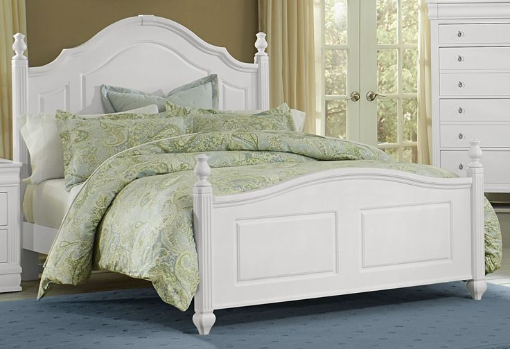 white queen poster bed 2