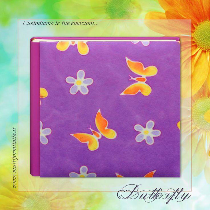 Batik Butterfly ♥ Coloratissimo album 30x30cm in Cuoio Rigenerato lilla e Carta Batik con 40 interni avorio con veline ..in cui raccogliere i momenti di un'estate indimenticabile. #batikcollection