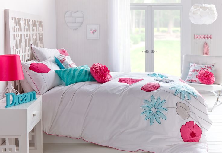 """Floral Charm"" Kids Bedroom Decor"