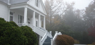 perfect spot on a rainy spring afternoon.  the Carl Sandburg home