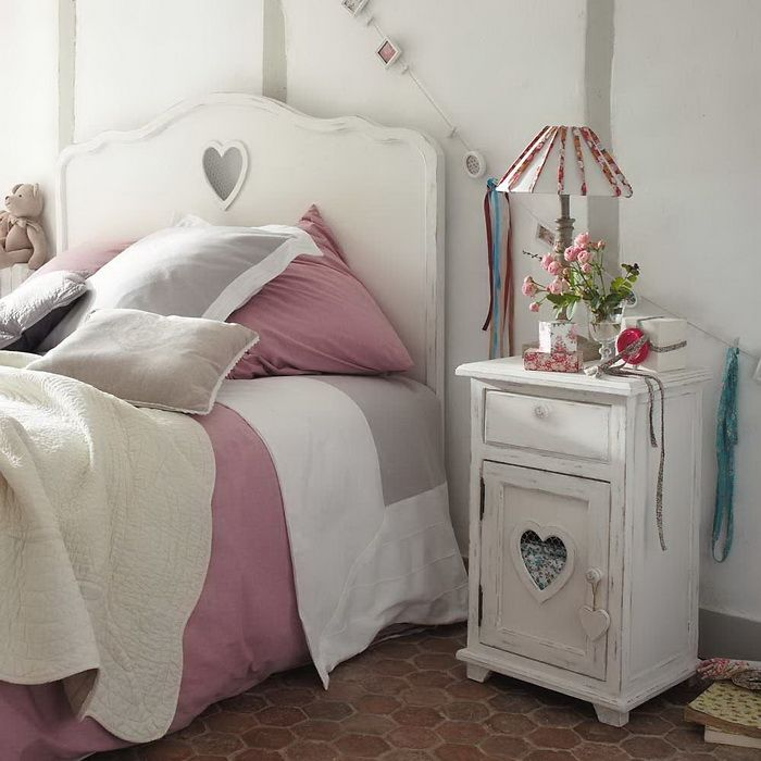 shabby chic bedroom: Spare Bedrooms, Shabby Chic, Heart Design, Decorativo Romantico, Valentine, Bedrooms Furniture, So Sweet, Girls Rooms, Kids Rooms