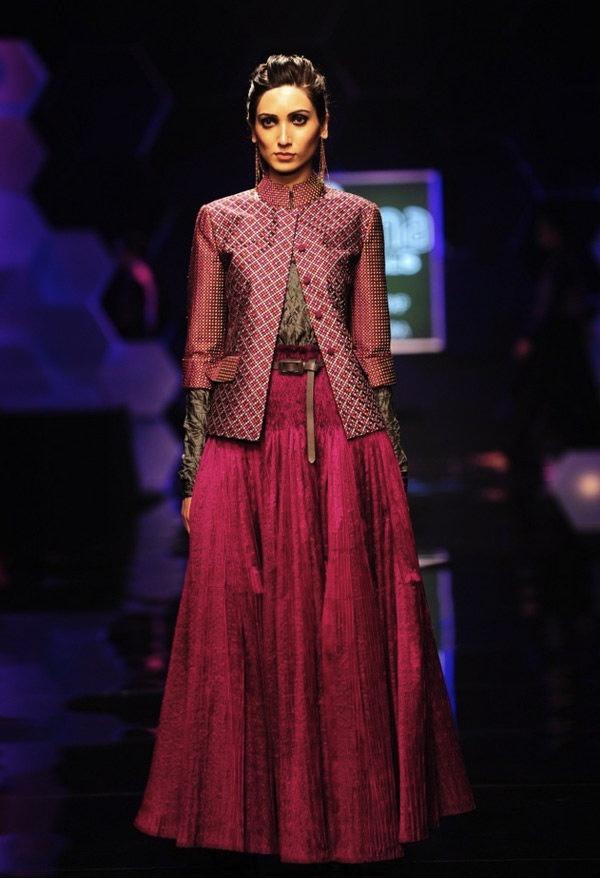 Scarlet Bindi - South Asian Fashion: Wills Lifestyle India Fashion Week Fall/Winter 2013