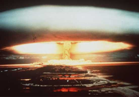 Afbeeldingsresultaat voor testing nuclear weapons