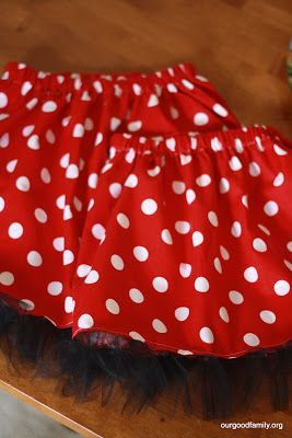The Minnie Mouse Skirt {tutorial}