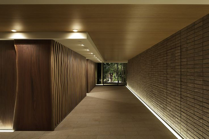 A floor recessed LED strip around the edge of the wooden dining area walls will provide decorative uplighting
