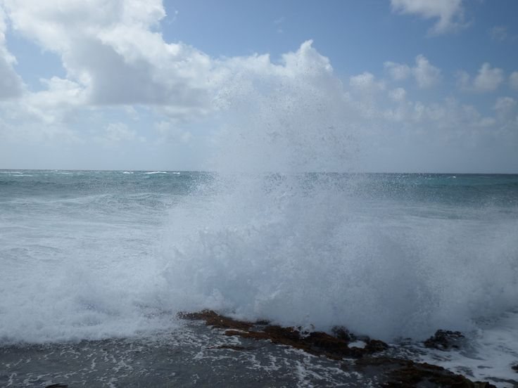 Waves pounding at Inch Marlowe.