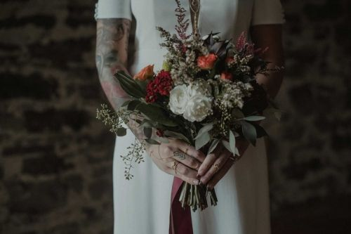 Floral inspiration for your bouquet/ Wedding dress from the concert store Dream it Yourself in Montreal