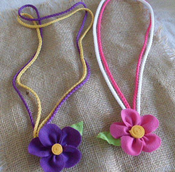 Colares com flores de feltro.Varias cores.Tenho preço especial para lojistas e revendedores.