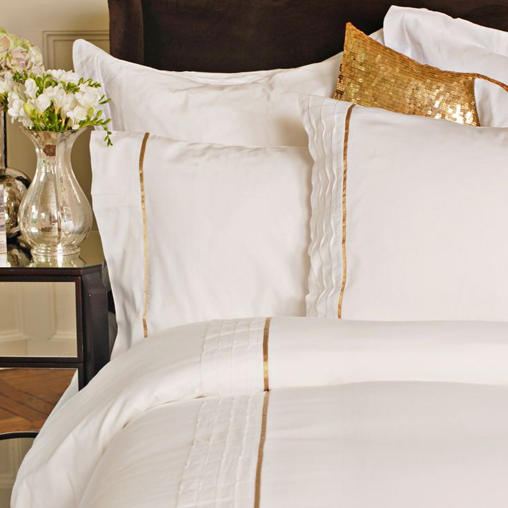 White and Gold Bedding - so chic!