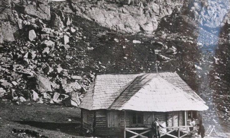 Expoziție de fotografii rare cu cabane montane, ridicate în România, între 1883 și 1946