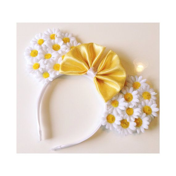 Hey, I found this really awesome Etsy listing at https://www.etsy.com/listing/178286993/daisy-mouse-ears