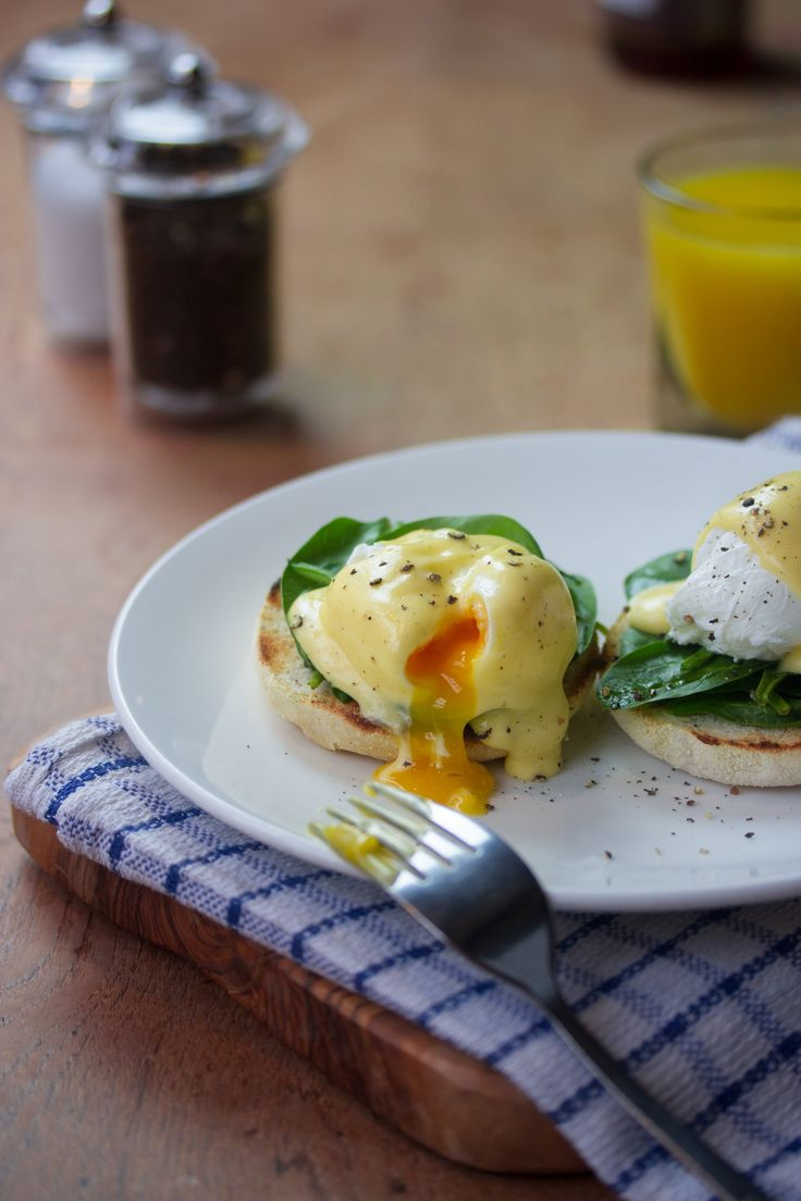 Eggs Florentine at the Old Post Office, Wallingford