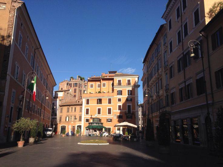 Rome - Piazza San Lorenzo in Lucina