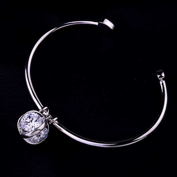 Bracelet - Platinum or 18K Gold Plated, Crystal With Heart Ends