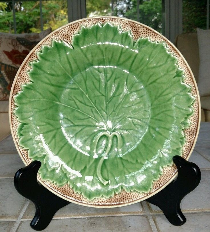 17 best images about majolica green glaze on pinterest - Bordallo pinheiro portugal ...