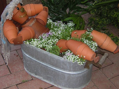 bathing pot people   creative container garden art