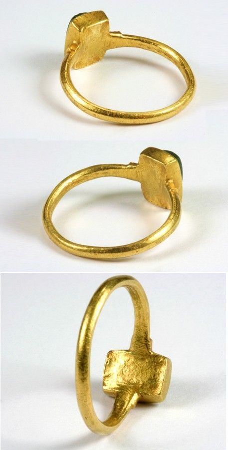Medieval Gold Ring with Glass Imitating Emerald, 12th or 13th Century