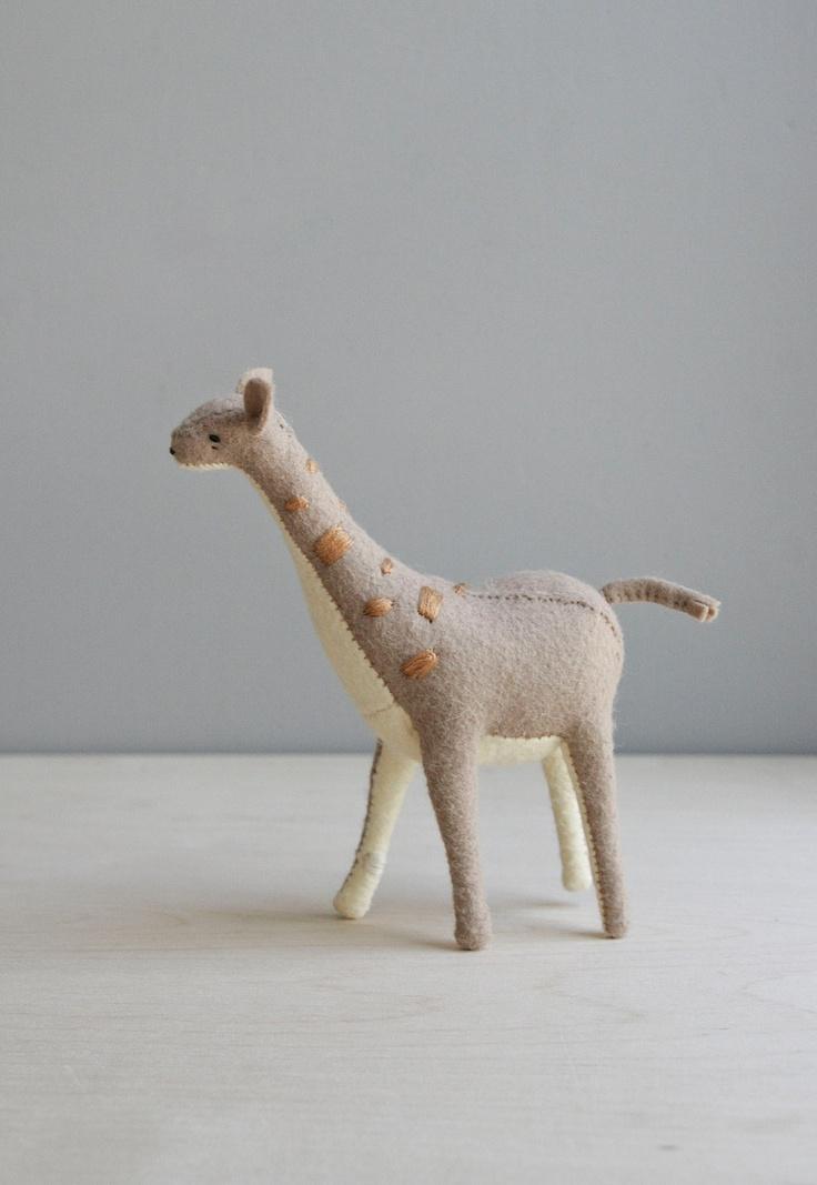 giraffe / soft sculpture animal