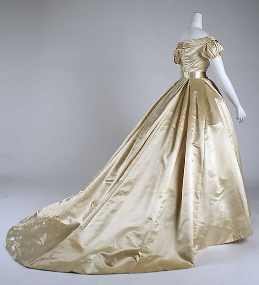 1000+ Images About Wedding Gowns: 1800s On Pinterest