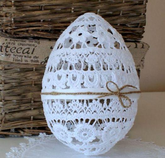 Duże jajo koronkowe