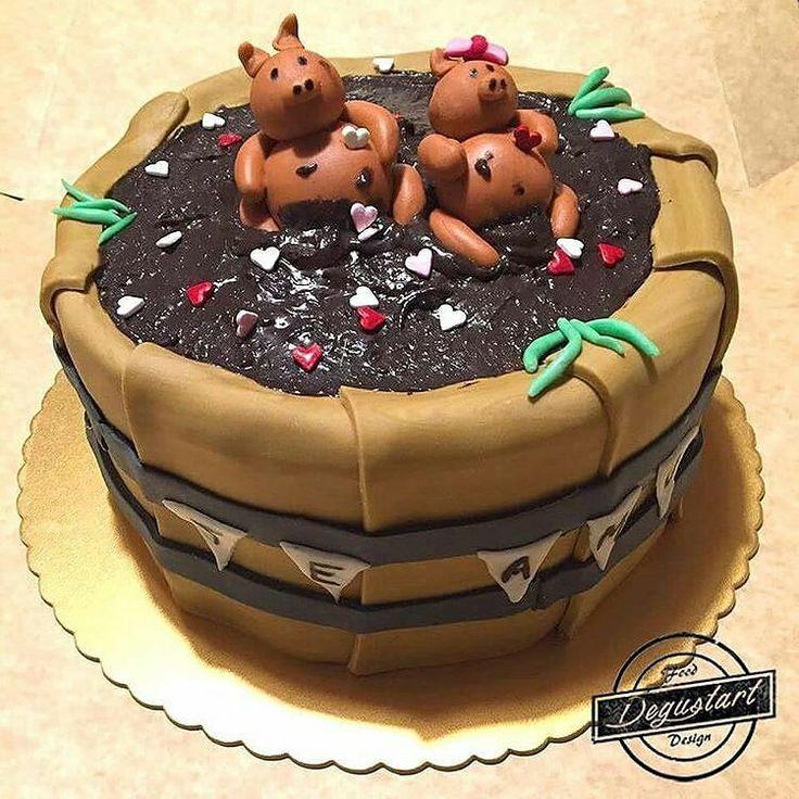Torta panqueque chocolate frambuesa   Hagan sus pedidos a degustartcotizaciones@gmail.com o através de nuestro fanpage  #pasteleriaartesanal #gourmet #candybar #nakedcake #cake #reposteria #tortas #patiserie #weddingcake #cupcake #fondant