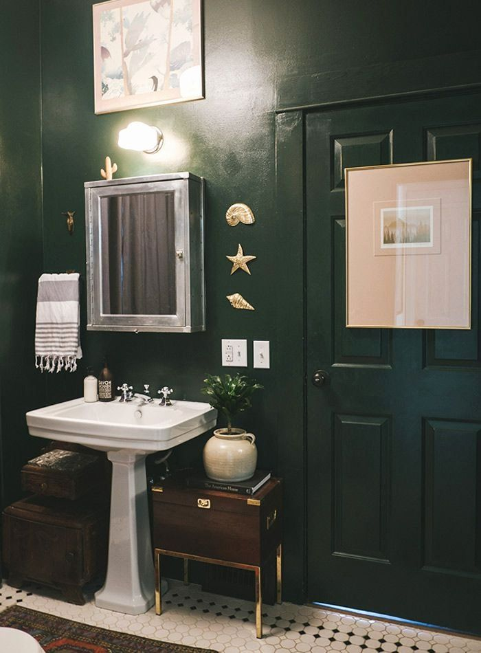 Hunter Green Bathroom Accessories Inspirational A Mid Century Eclectic Seattle Abode In 2020 Green Bathroom Dark Green Bathrooms Green Bathroom Accessories