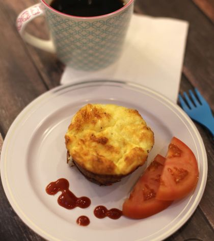 Egg Omelet Muffins | Courtesy of One Smily Monkey | #Eggs #GetCracking Egg muffins are always a hit for breakfast–especially when they feature peppers, mushrooms, onions, tomatoes, spinach, and a healthy helping of cheddar cheese.