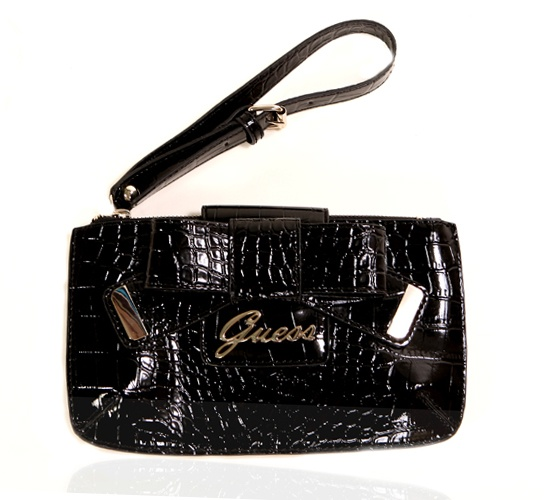 Guess Black Clutch on glamouronthego.co.uk