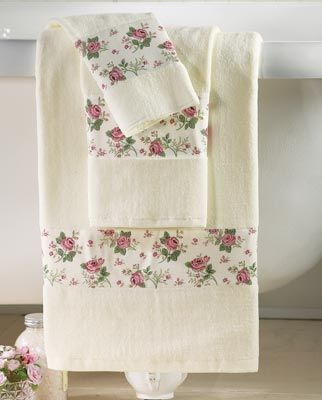 Rose Garden Bath Towels
