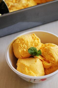 Mango Ice cream Recipe | How to make homemade mango ice cream