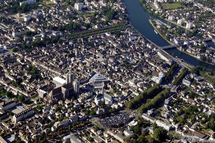 ✈️ Photo aérienne de : Sens - Yonne (89)