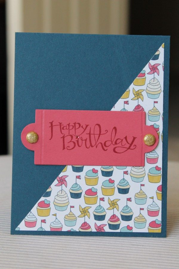 Simple happy birthday card with cupcake paper