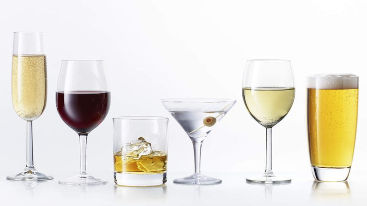 8 Alcoholic Drinks Ranked From Most Calories to Least | Wine? Beer? Mixed drinks? Our nutritionist weighs in on the highest and lowest calorie alcoholic drinks to order.