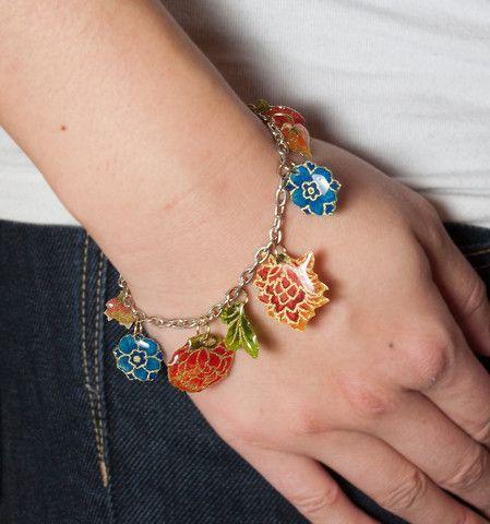 Best 25 diy resin charms ideas on pinterest diy resin beads resin your fabric scraps resin jewelry makingresin jewellerydiy solutioingenieria Choice Image