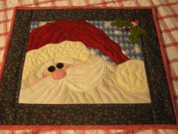 santa wall hanging with decorative quilting