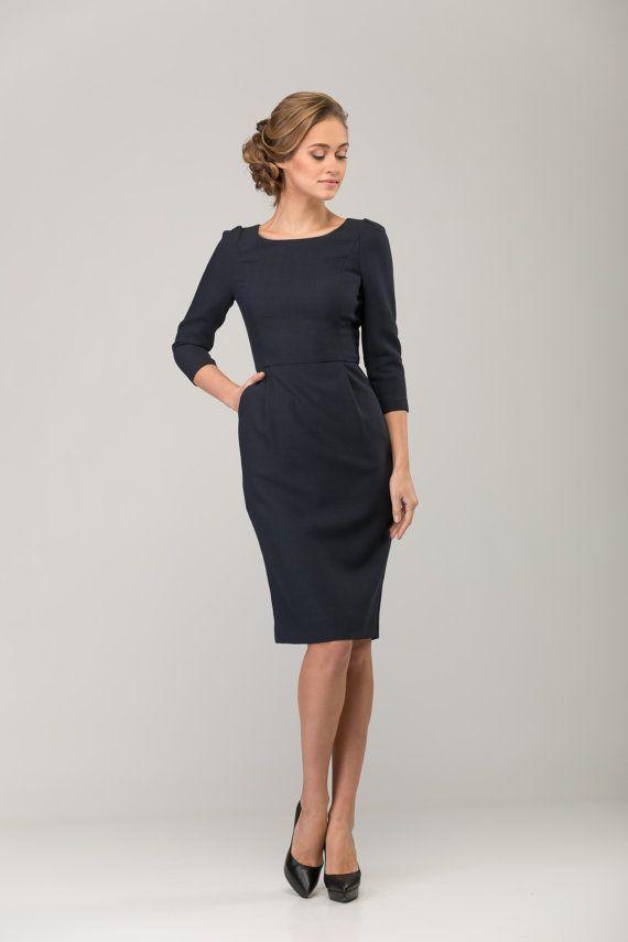 Donker blauwe office jurk, voor werk en bruidsmeisje jurk, stijlvol en vrouwelijk