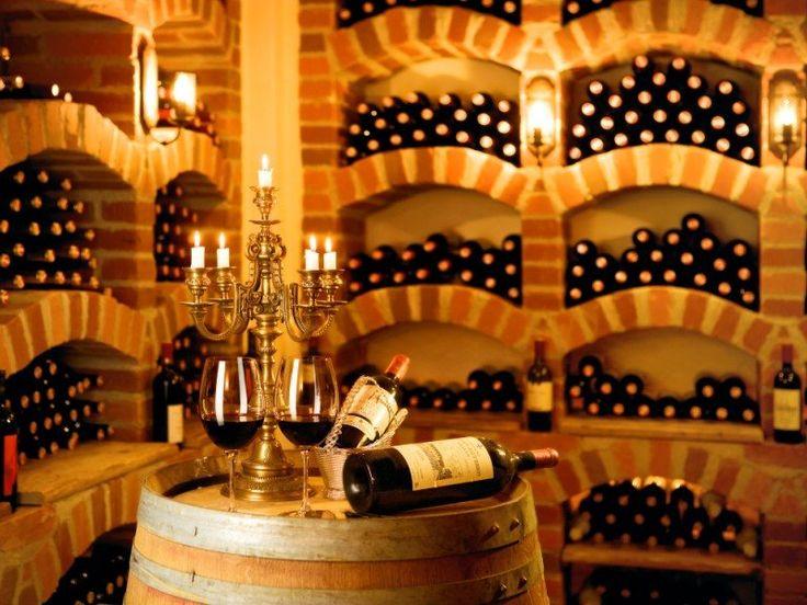 #wine #food #glass #glasses #lights #chain #bottle #relax