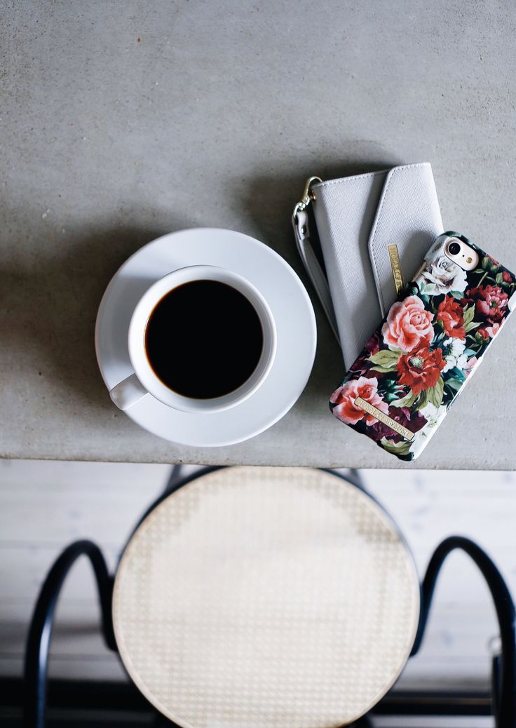 Antique Roses by lovely @rebfre - Fashion case phone cases iphone inspiration iDeal of Sweden #roses #floral #flower #red #pink #fashion #inspo #iphone