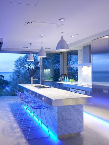 This contemporary kitchen is so fantastic,  LED lighting. Using less energy and lasting longer than traditional incandescent bulbs, & still keeping the theme