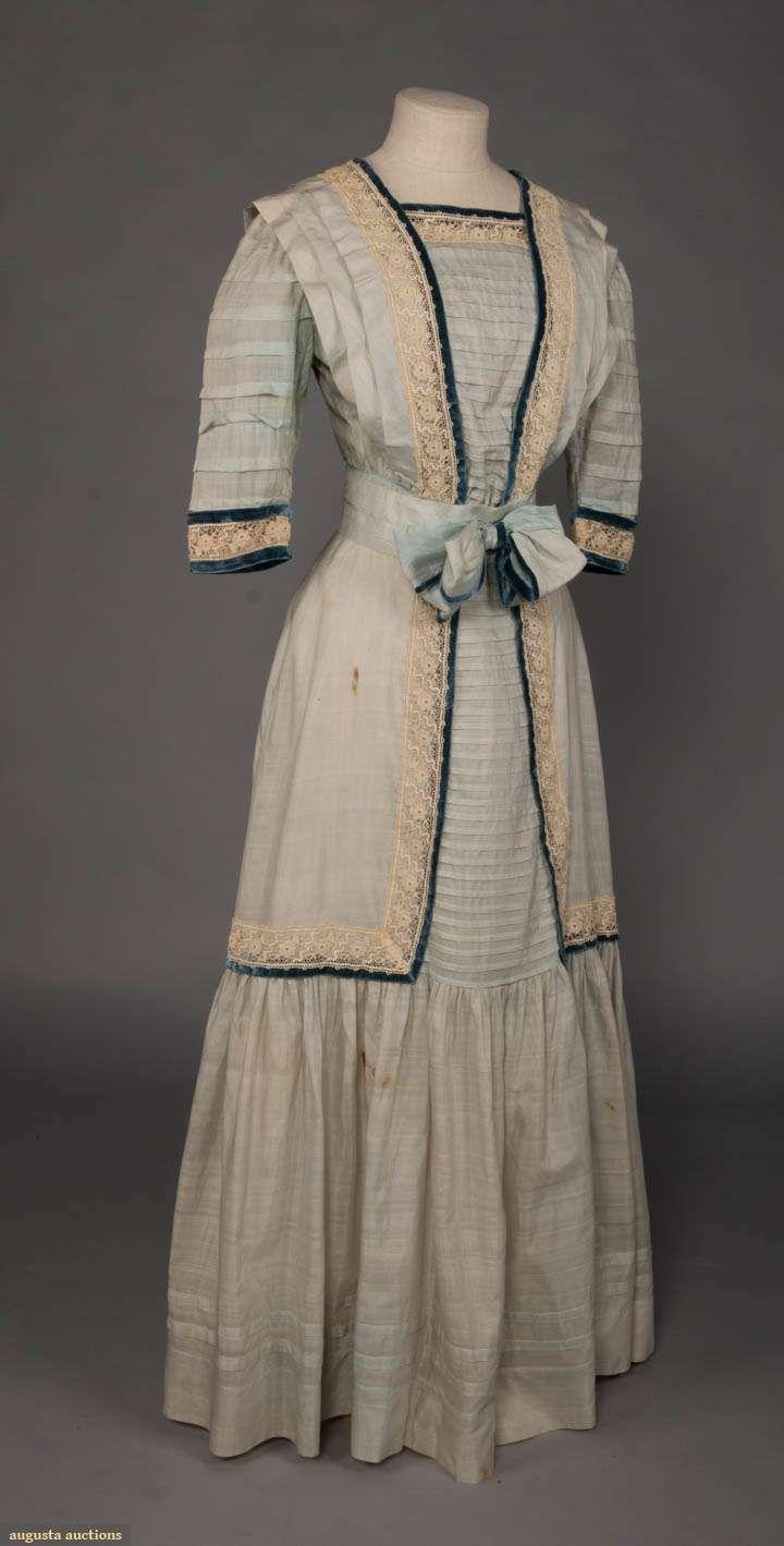 Edwardian day dress 19081909 pale blue silk day dress