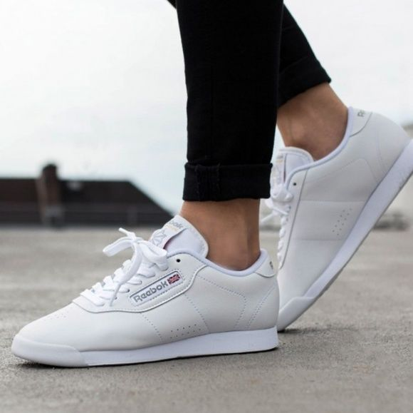 Pin on Casual Sneakers Outfit