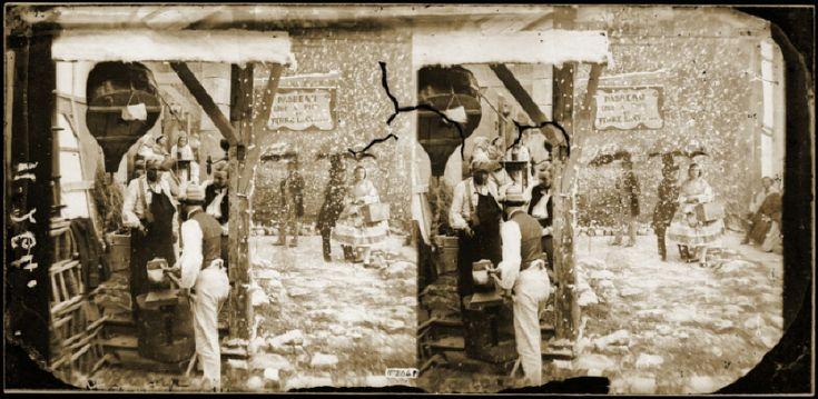 Atelier de maréchal-ferrant. Reconstitution d'une scène, sous le Second Empire. Vue stéréoscopique.