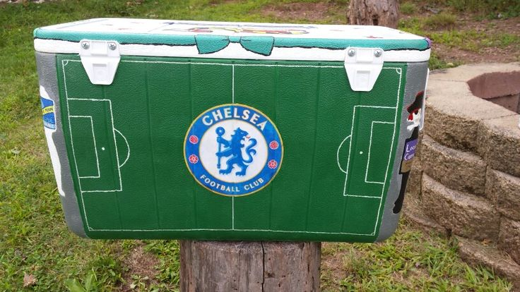 Back of the cooler I painted for my boyfriend #soccer #chelsea