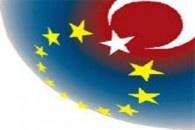 Avrupa birliği hibe programları ülkemizde çok fazla bilinmeyen özellikle KOBİ lerin büyük bir bölümünün haberdar olmadığı desteklerdir. Halen devam eden programlar olduğu gibi Avrupa birliği parlemontosunda şu dönem görüşülen Türkiye ile ilgili önemli bir programda var. Ben bu yazımda kısaca 2013 yılına kadar açık olan Rekabet Edebilirlik ve Yenilik Çerçeve Programı ve 2014 yılında açılacak COSME programı hakkında kısa bilgiler vereceğim konunun detaylarını merak edenler sanayi bakanlığından…