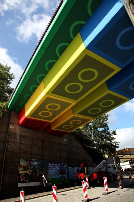 #LEGO street Art What if lego combine with our world !!?? :) #cool
