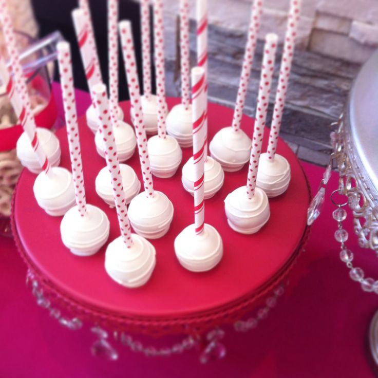 Cake pops -white and red