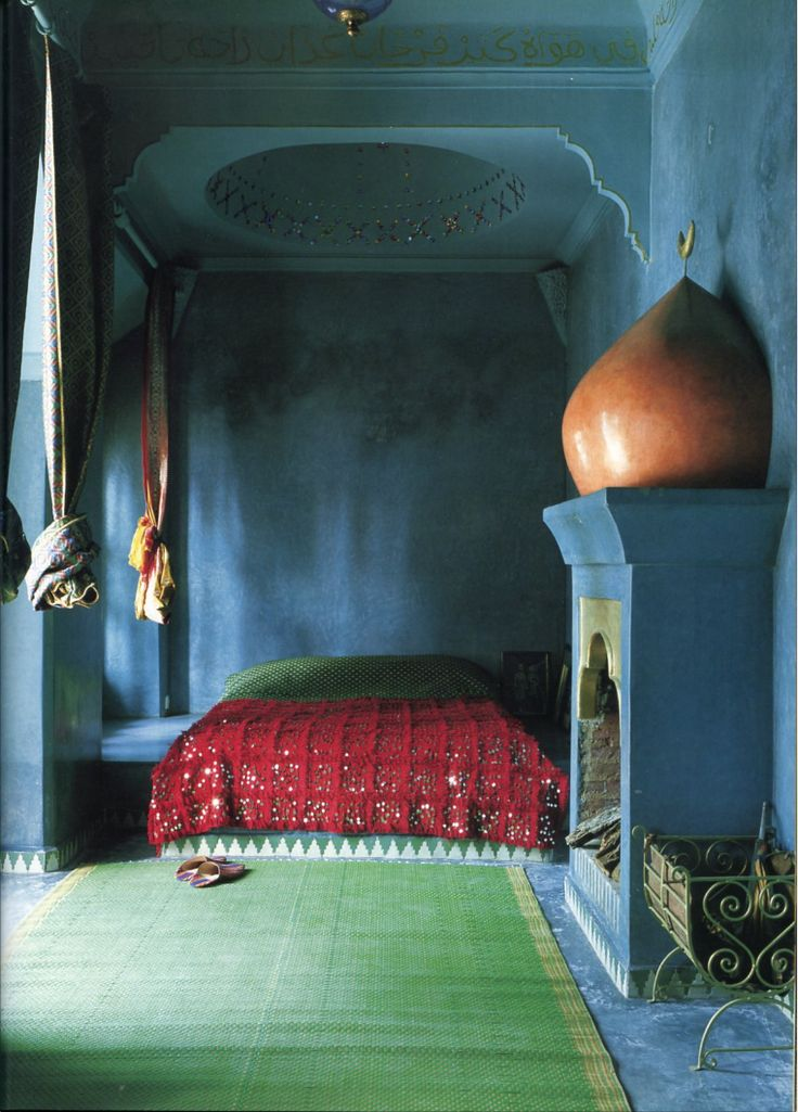 The World of Interiors, October 2002. Photo - René Stoeltie